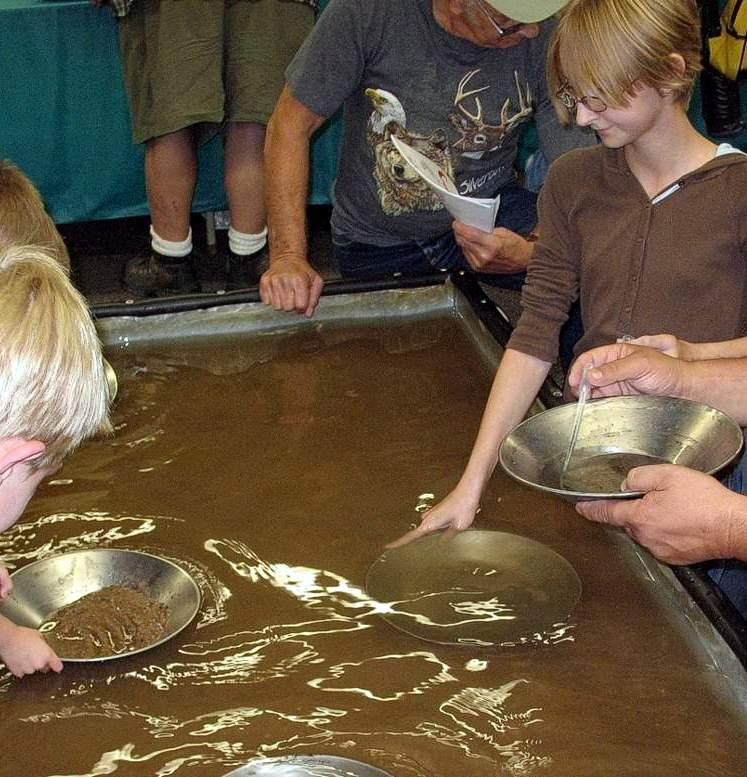 аттракцион Золотая лихорадка  Добыча руды