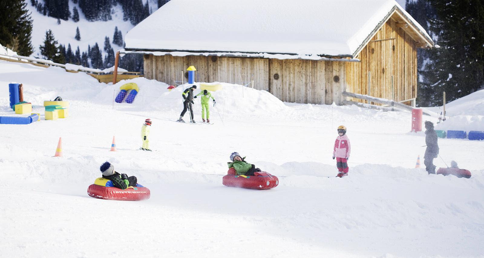 атракціони для зими